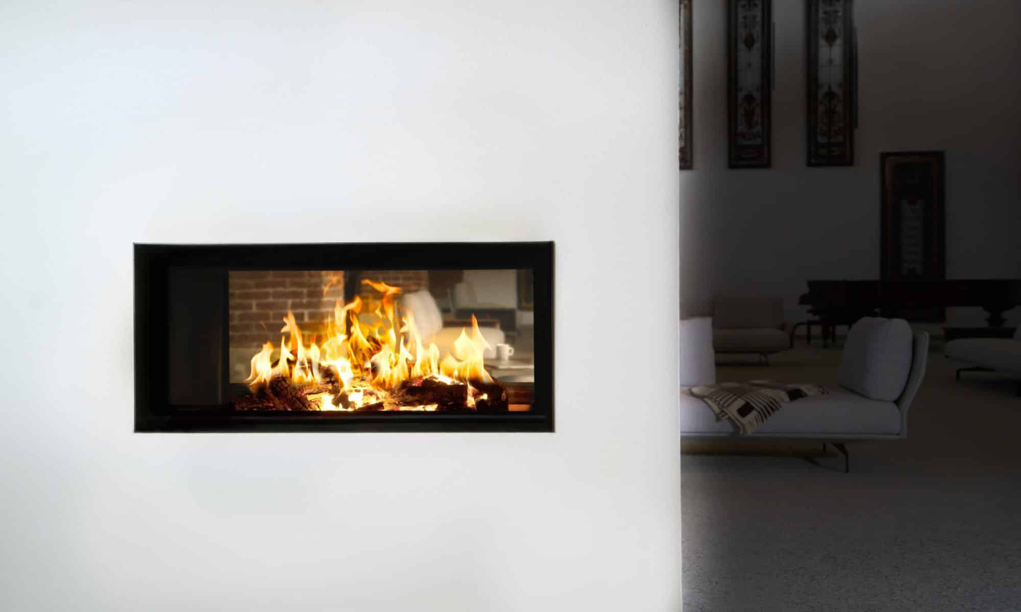 Caminetto design in muratura ad accumulo di calore