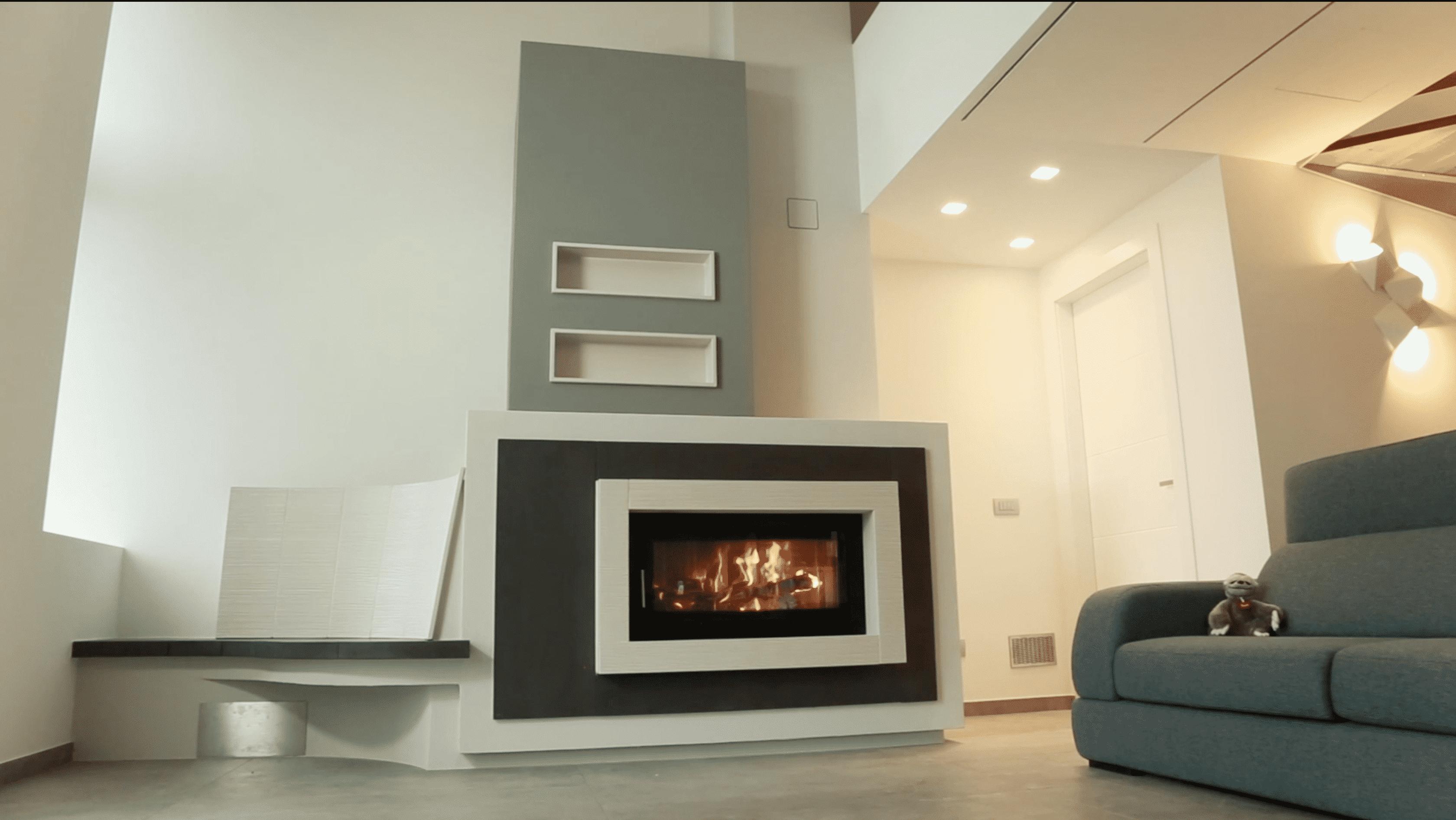 caminetto ad accumulo di calore con panca riscaldata